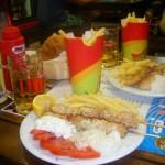 Suvlaki i pomfrit - omiljena Grčka brza hrana