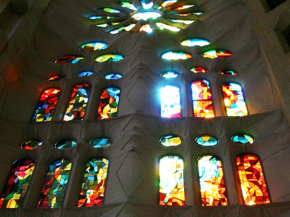 Sagrada Familia - vitraža na prozorima