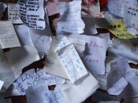 Zid sa ljubavnim porukama - Verona