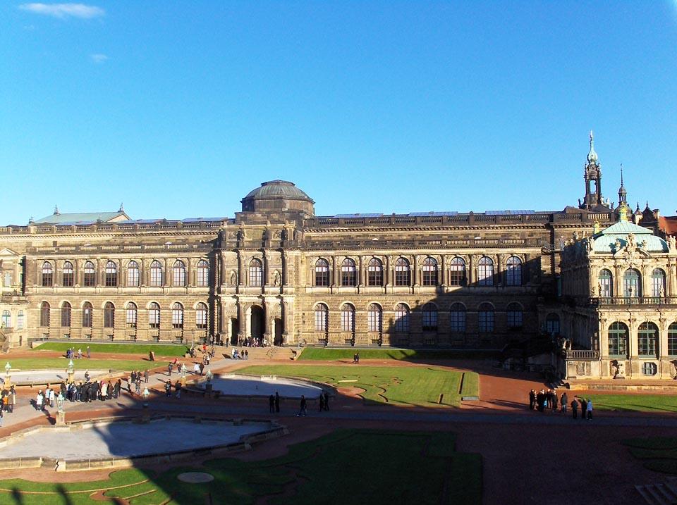 Kraljevski dvor - Residenzschloss