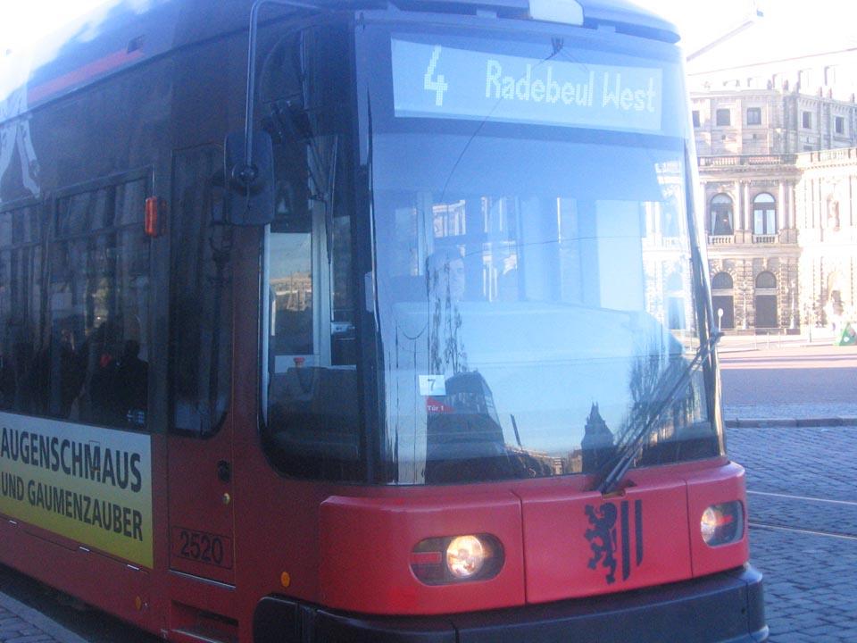 Tramvaji koji voze ulicama Drezdena