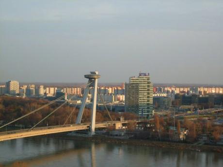 Novi most, Bratislava (UFO)