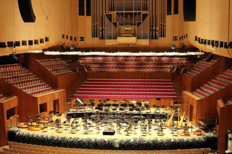 Bina u sidnejskoj operi pred koncert