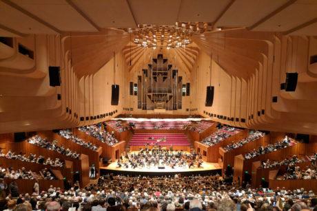 Sidnejska opera tokom koncerta